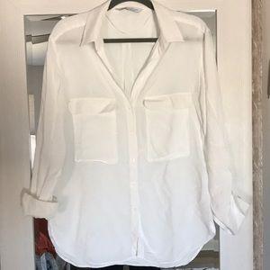 Perfect white blouse!